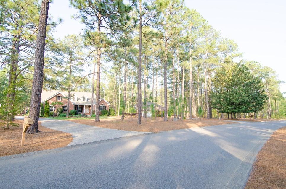 25 Strathaven Drive, Pinehurst, NC 28374