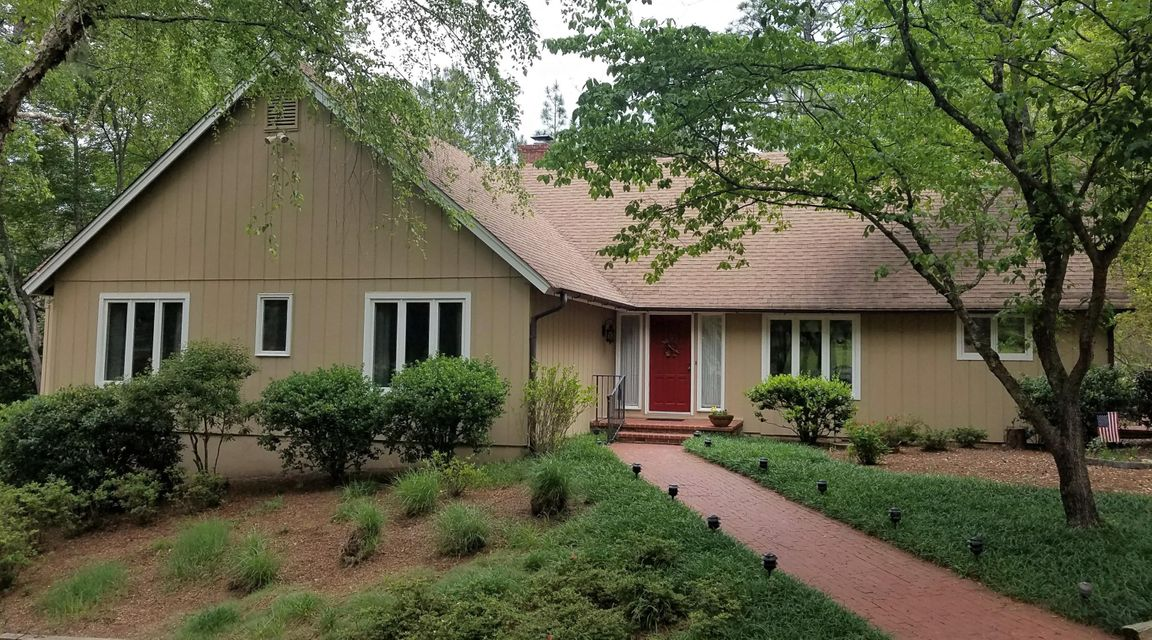 205 Quail Hollow Drive, Pinehurst, NC 28374