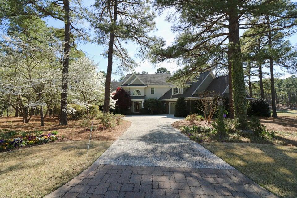 197 Plantation Drive, Southern Pines, NC 28387
