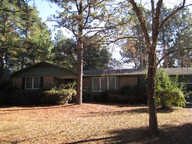 101 Pine Lake Drive, Whispering Pines, NC 28327