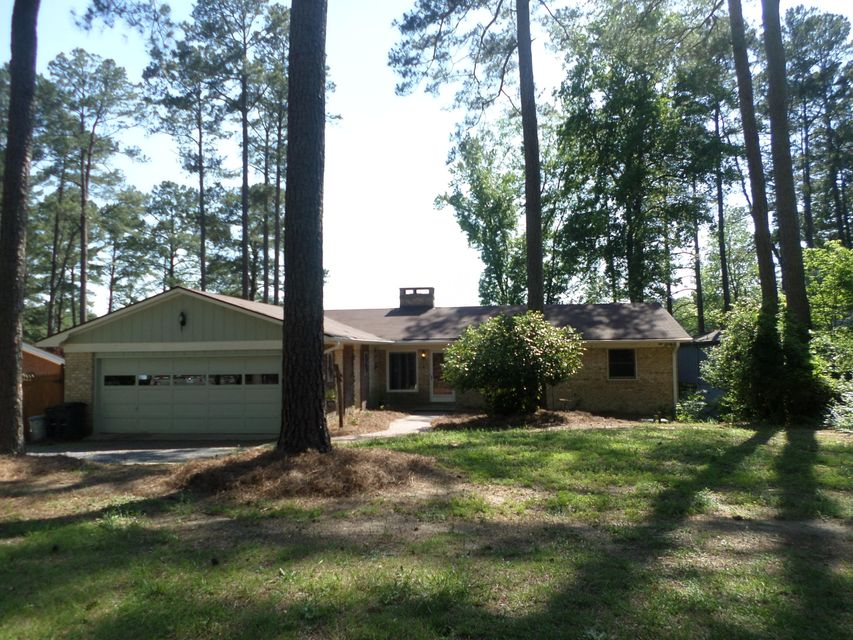 97 Lakeview Drive, Whispering Pines, NC 28327