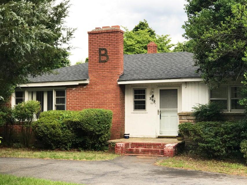 345 S Hardin Street, Southern Pines, NC 28387