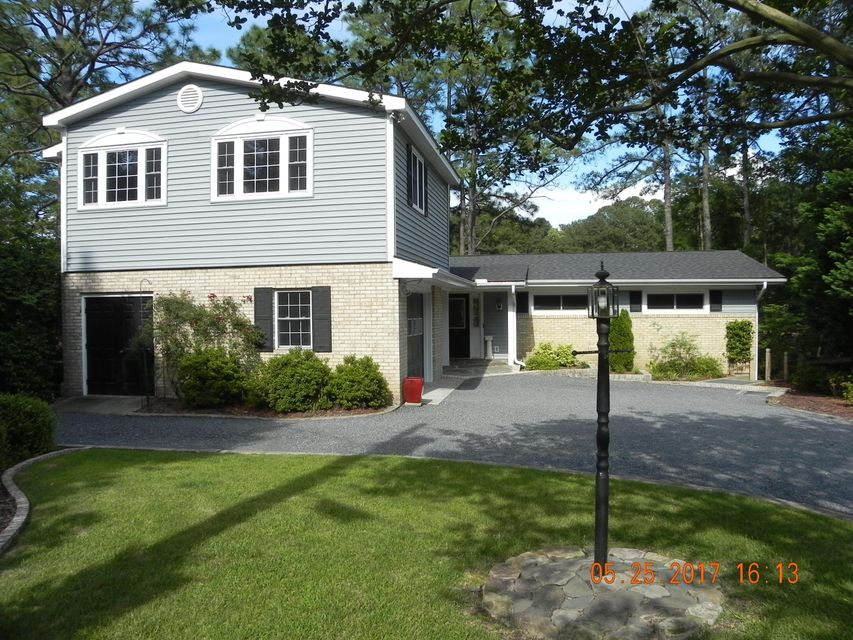 10 Piney Point, Whispering Pines, NC 28327