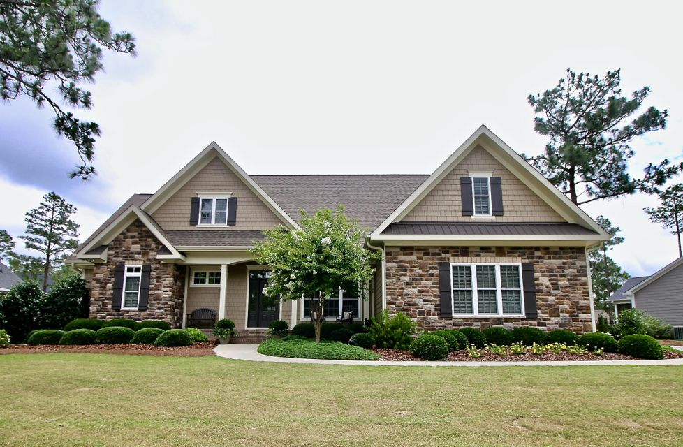175 Wiregrass Ln, Southern Pines, NC 28387