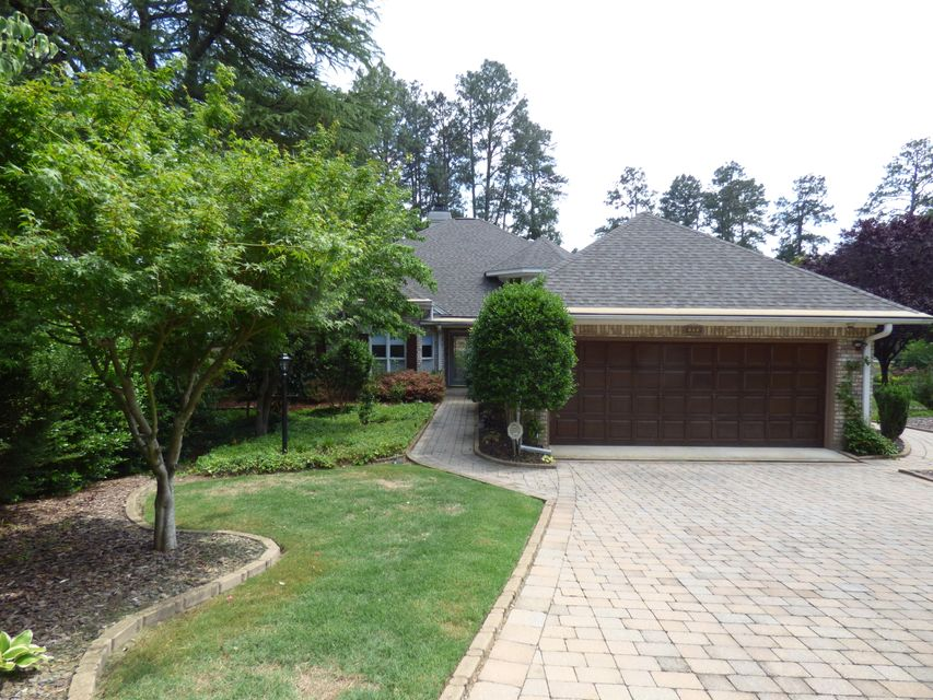 102 Preakness Court, Southern Pines, NC 28387