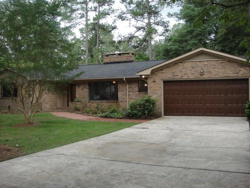 35 Oak Hills Road, Pinehurst, NC 28374