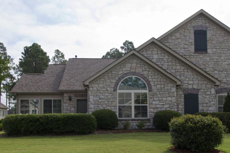 116 W Chelsea Court, Southern Pines, NC 28387