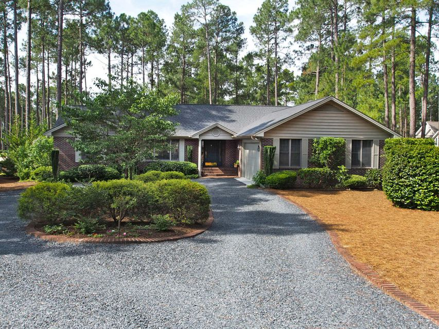 290 Longleaf Drive, West End, NC 27376