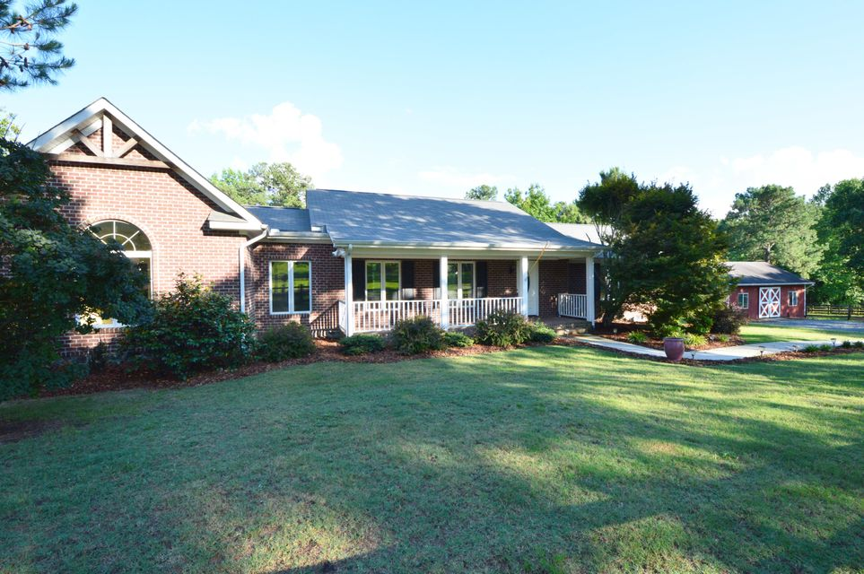 358 Yadkin Run Lane, Southern Pines, NC 28387