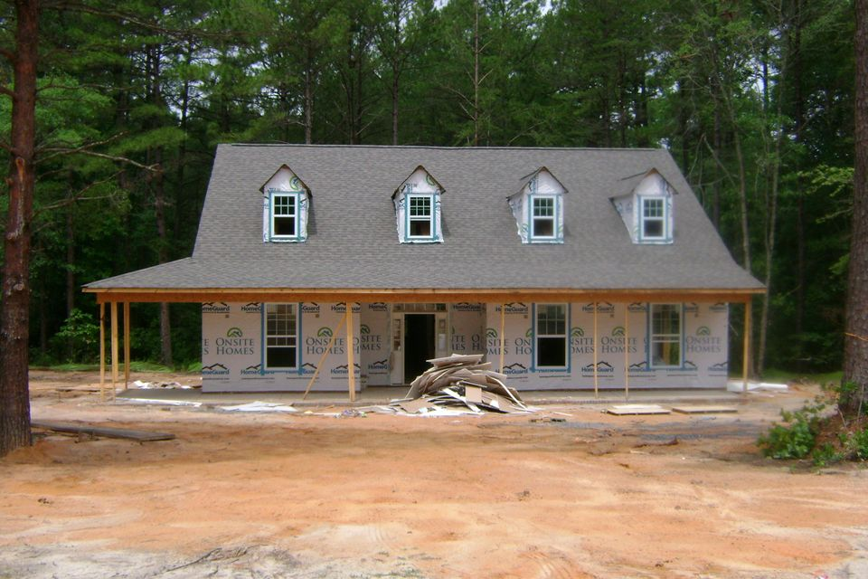 245 Finch Gate Drive, West End, NC 27376