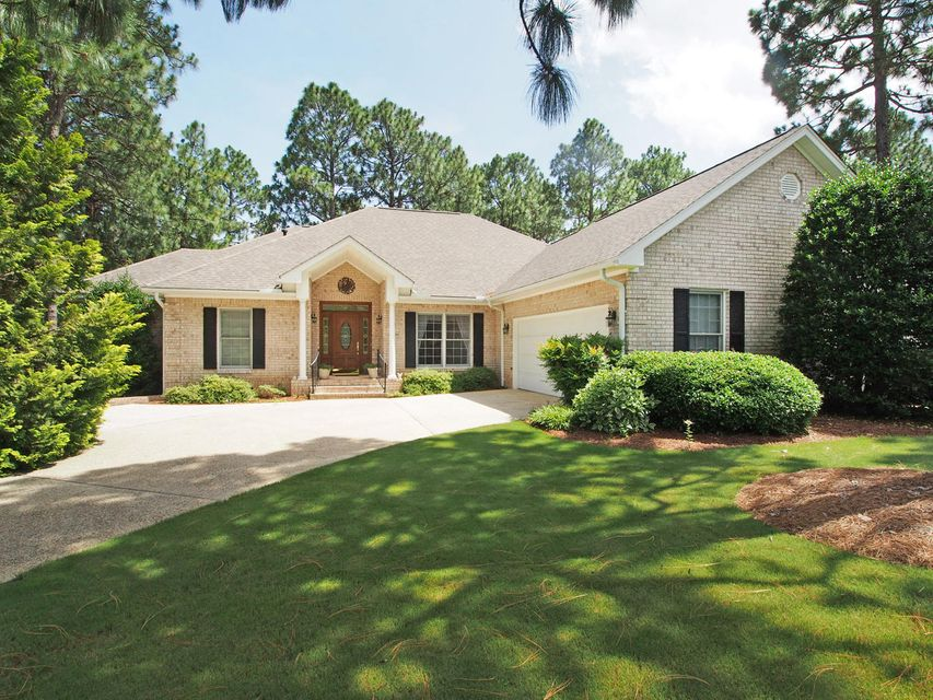 55 Steeplechase Way, Southern Pines, NC 28387