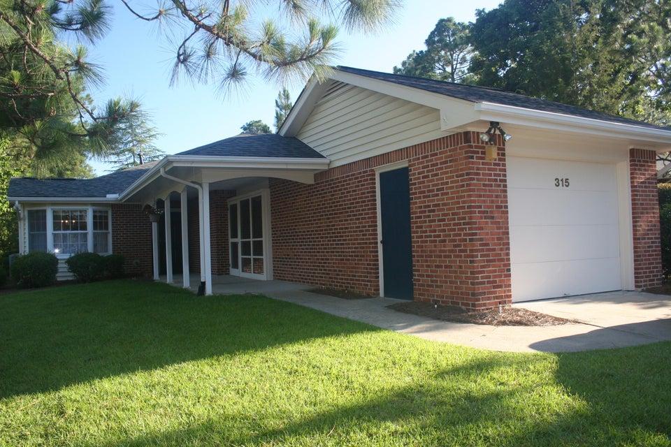 315 Mockingbird Court, Pinehurst, NC 28374