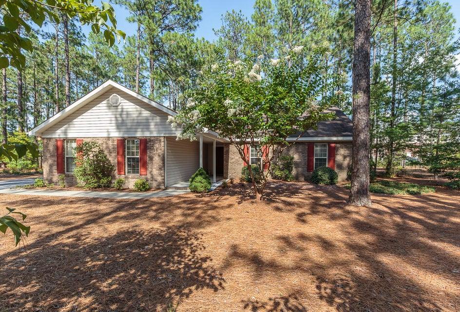 10 Rutledge Lane, Pinehurst, NC 28374