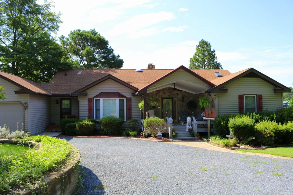 115 Brown Bark Road, West End, NC 27376