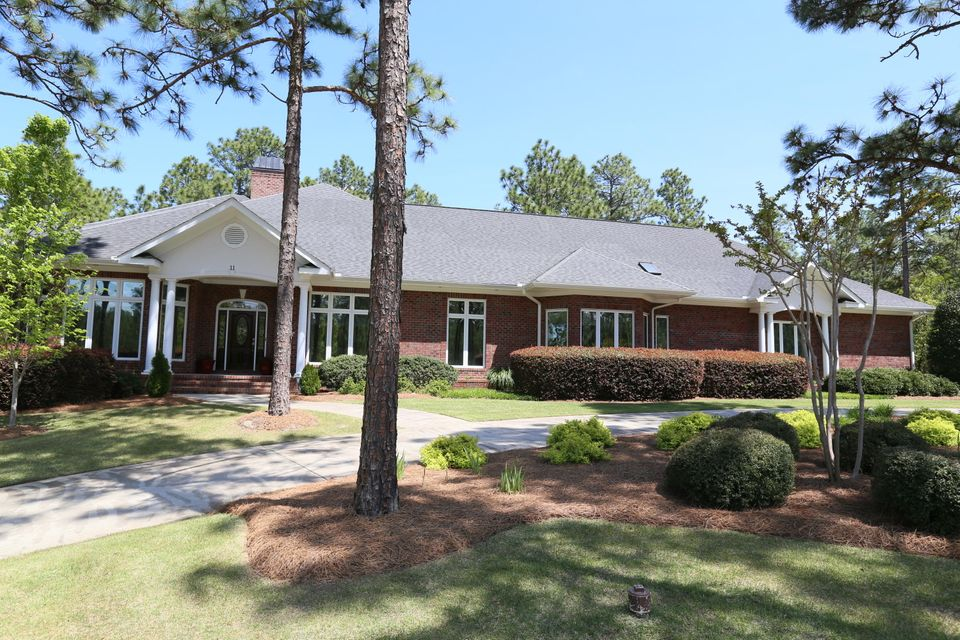 11 Birkdale Drive, Southern Pines, NC 28387