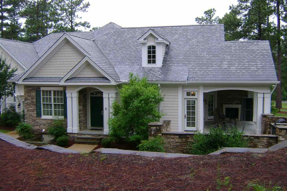 260 Cochran Castle Circle, Pinehurst, NC 28374