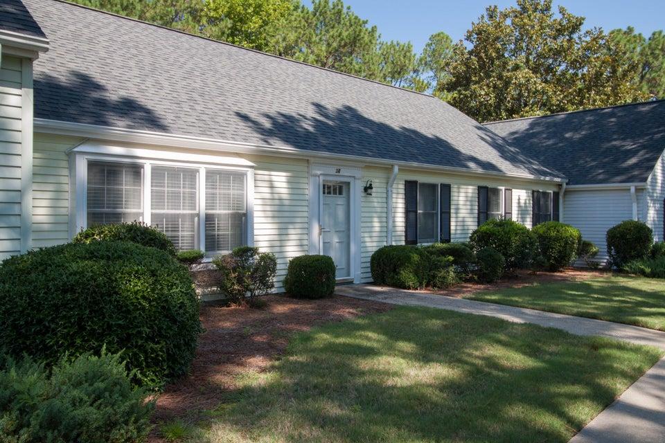 34 Village Green Circle, Southern Pines, NC 28387