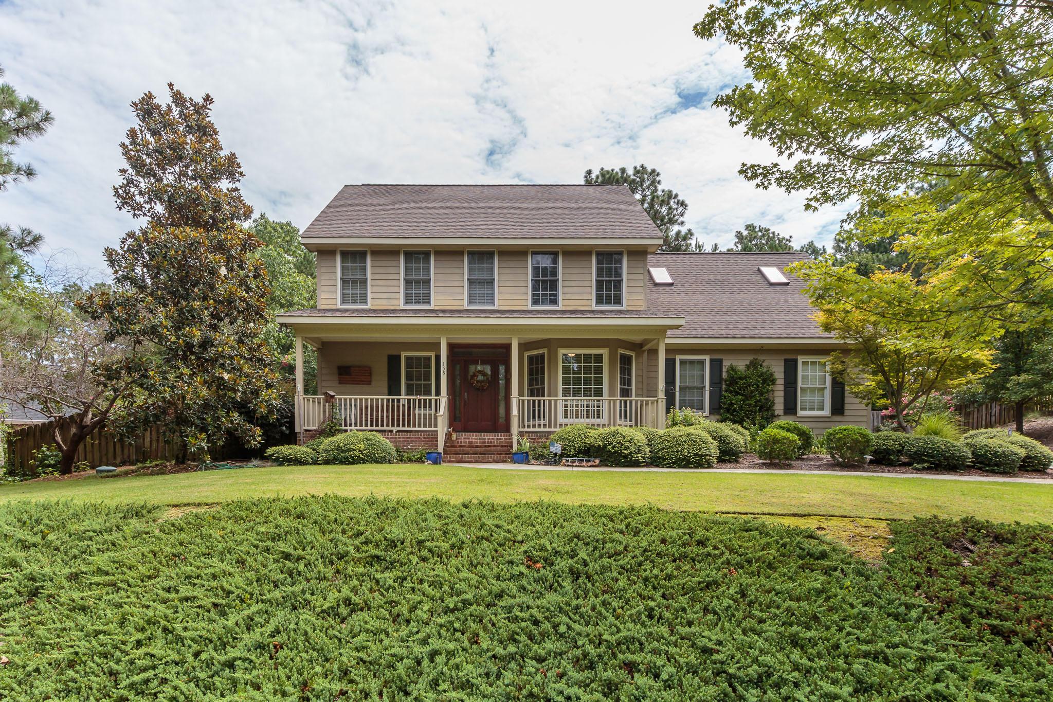 155 Fox Hunt Lane, Southern Pines, NC 28387