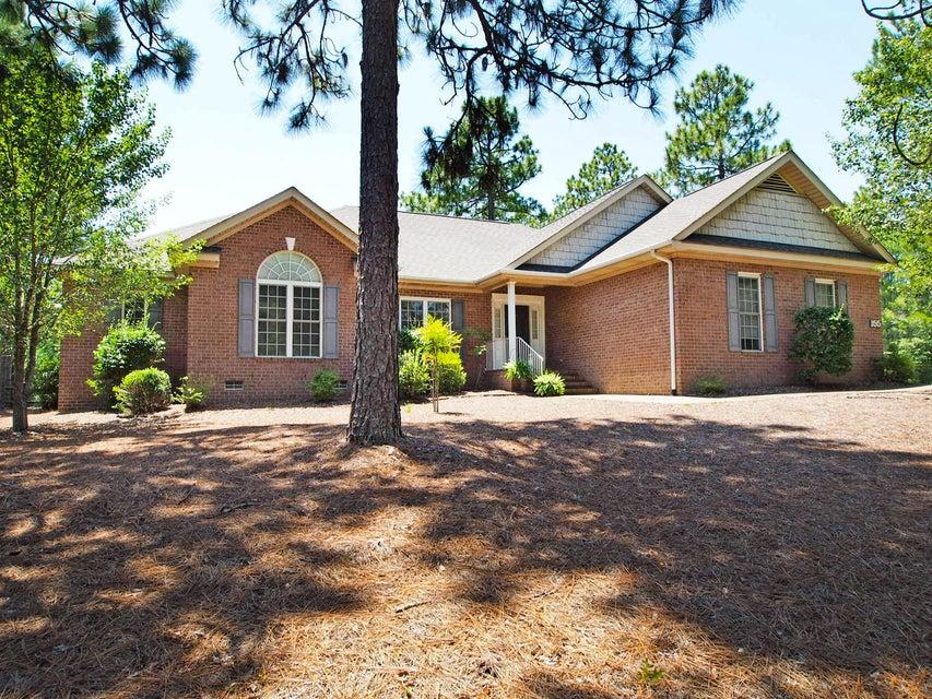 155 Sugar Pine Drive, Pinehurst, NC 28374