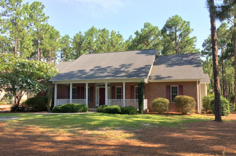 341 Longleaf Drive, West End, NC 27376