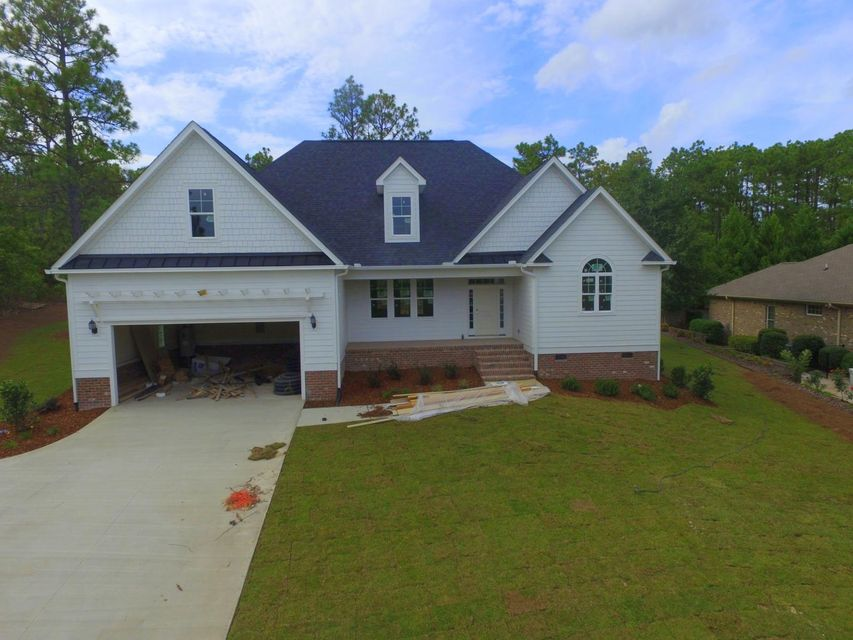 119 Steeplechase Way, Southern Pines, NC 28387