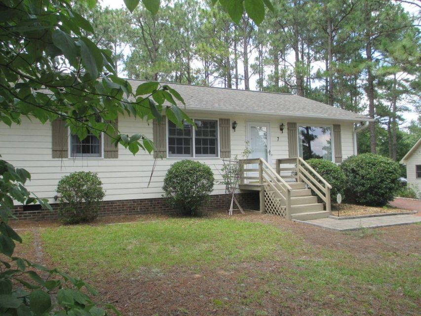 7 Saunders Lane, Pinehurst, NC 28374