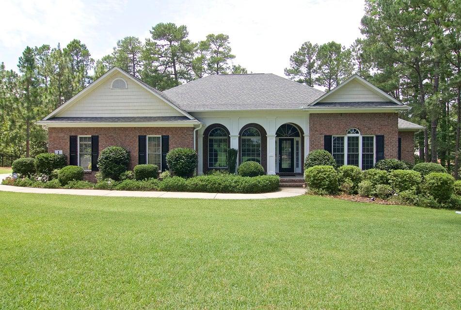 Photo of home for sale at 1 Bur, Pinehurst NC