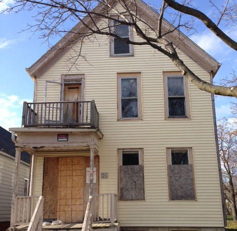 Photo of home for sale at 2439 15th St N, Milwaukee WI