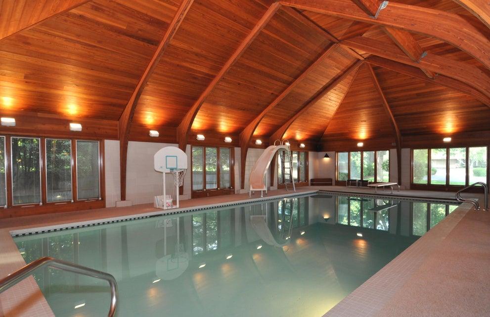 Single Family Home for Sale at 251 W Nokomis Court 251 W Nokomis Court Fox Point, Wisconsin 53217 United States