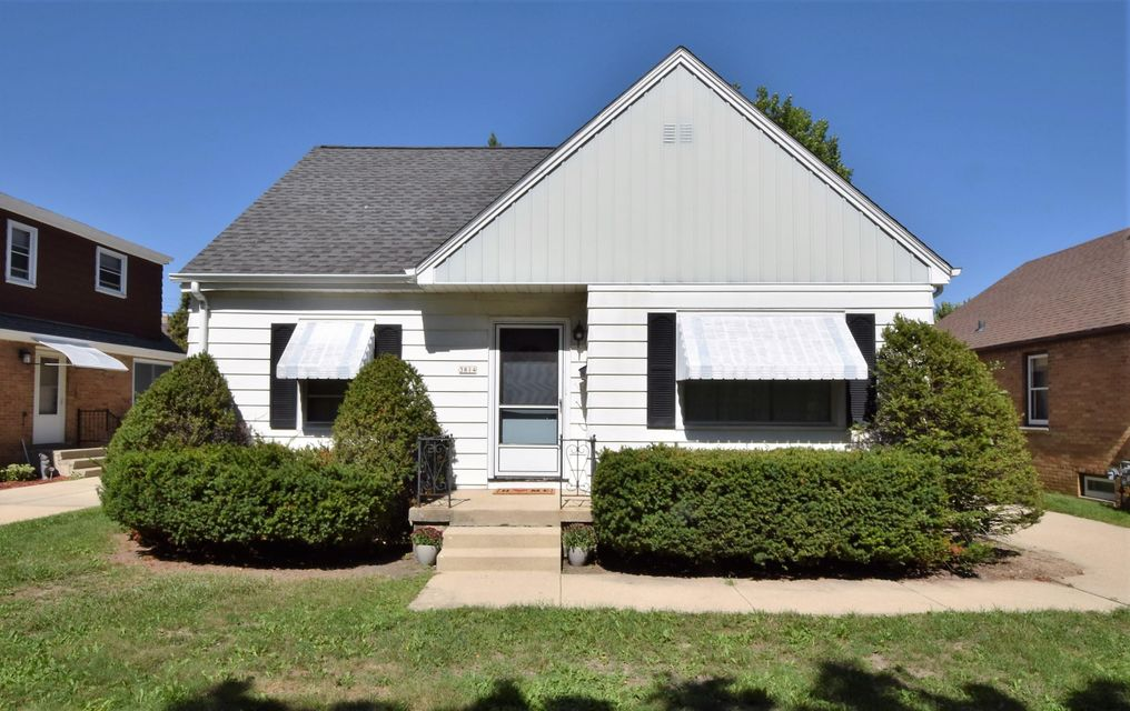 Single Family for Sale at 3814 W Ohio Ave Milwaukee, Wisconsin 53215 United States
