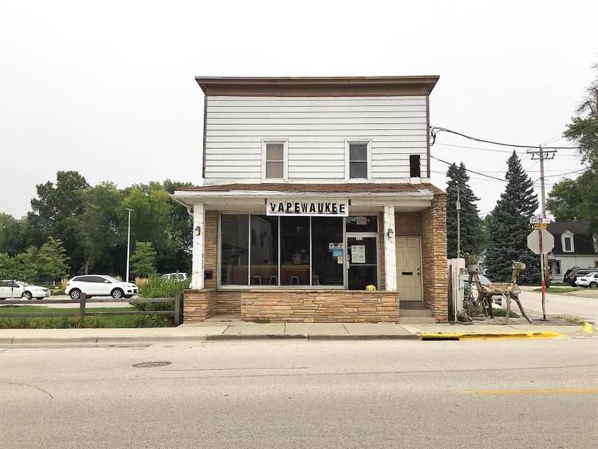 Commercial for Sale at 215 Oakton Ave Pewaukee, Wisconsin 53072 United States
