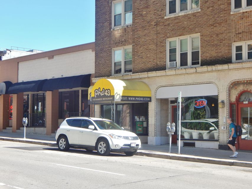 Commercial for Sale at 1814 N Farwell Ave Milwaukee, Wisconsin 53202 United States