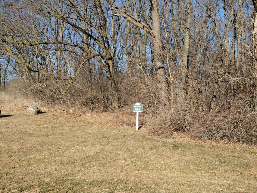 Land for Sale at Lt10 Majestic Way W Lt10 Majestic Way W Twin Lakes, Wisconsin 53181 United States