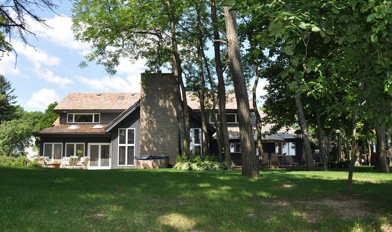 Single Family Home for Sale at 1260 E Donges Court 1260 E Donges Court Bayside, Wisconsin 53217 United States