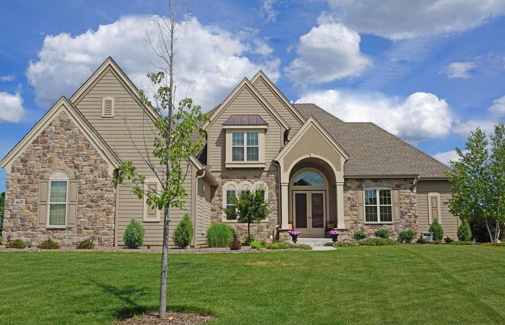 Single Family Home for Sale at 4690 Bradon Trl E 4690 Bradon Trl E Brookfield, Wisconsin 53045 United States