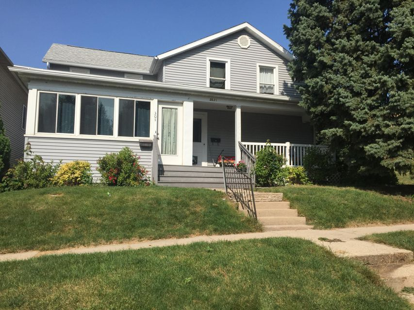 Single Family Home for Sale at 303 S Copeland Avenue 303 S Copeland Avenue Jefferson, Wisconsin 53549 United States