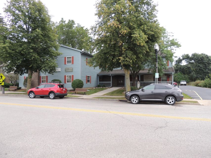 Commercial / Industrial for Sale at 155 E Capitol Drive 155 E Capitol Drive Hartland, Wisconsin 53029 United States