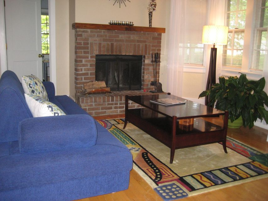 507 e day ave whitefish bay wi mls 1534997 priced at