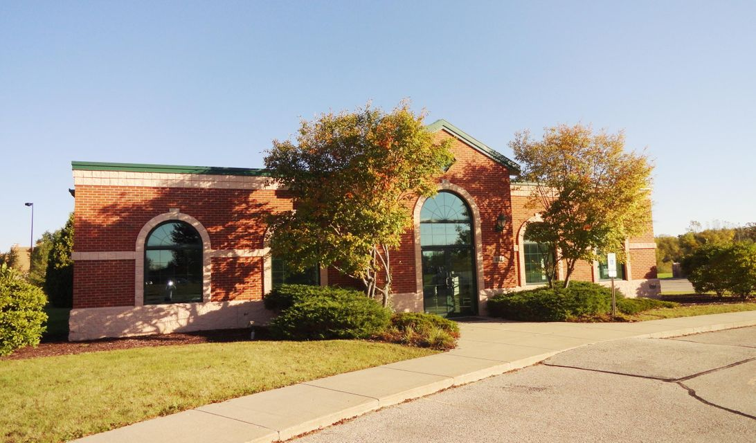 Commercial / Industrial for Sale at 801 Geneva Pkwy 801 Geneva Pkwy Lake Geneva, Wisconsin 53147 United States