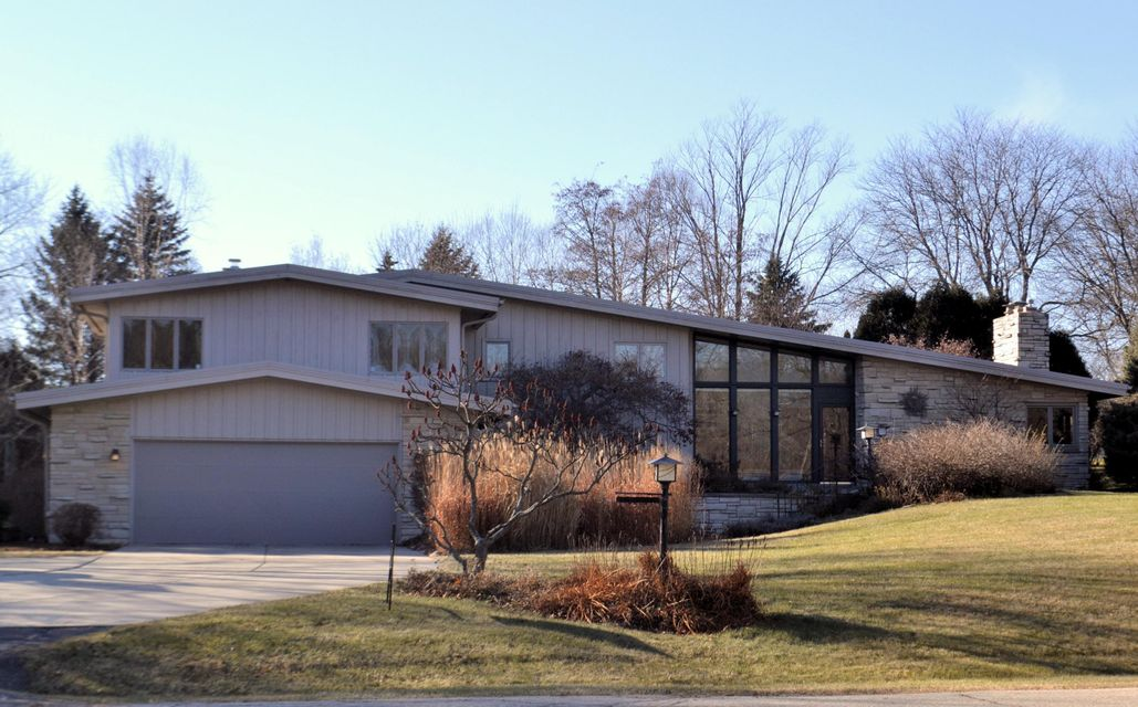 Real Estate Property Listing ID: 1560737