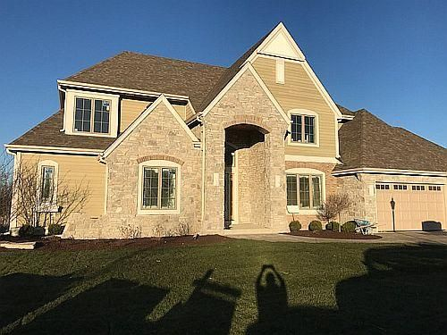 Single Family Home for Sale at 4225 Kings Way Court 4225 Kings Way Court Brookfield, Wisconsin 53045 United States