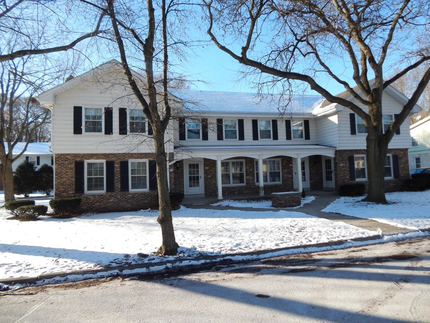 Multi-Family Home for Sale at 955 N 123rd Street 955 N 123rd Street Wauwatosa, Wisconsin 53226 United States