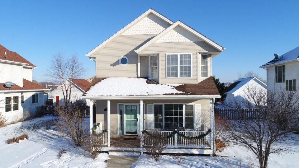 Real Estate Property Listing ID: 1563928