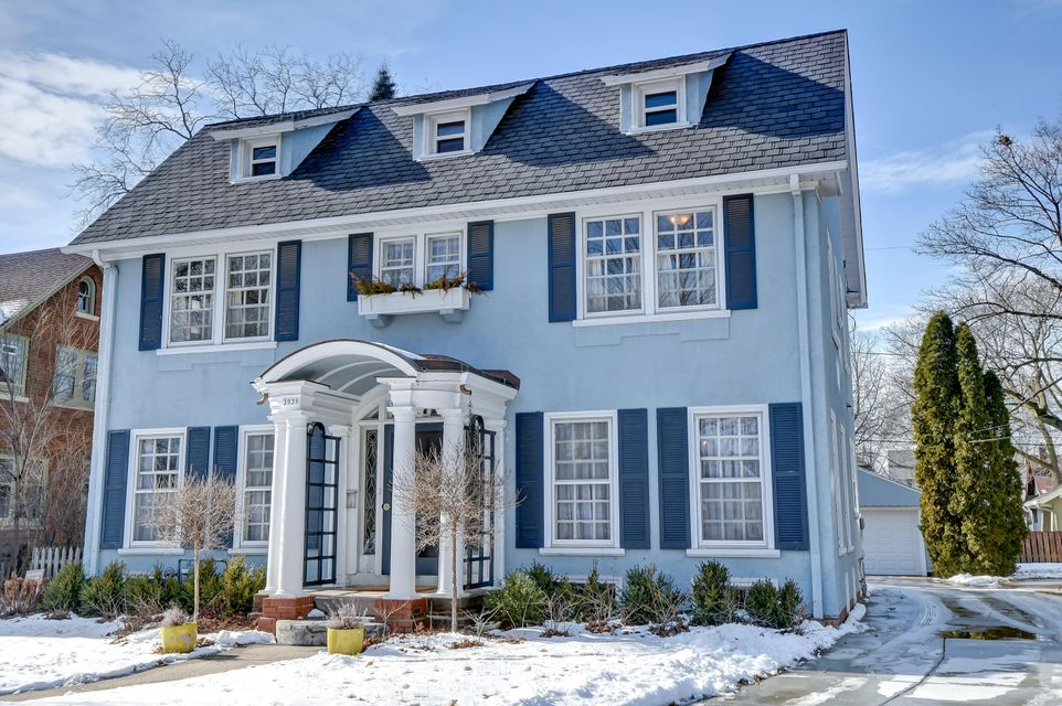 Single Family Home for Sale at 3939 N Stowell Avenue 3939 N Stowell Avenue Shorewood, Wisconsin 53211 United States