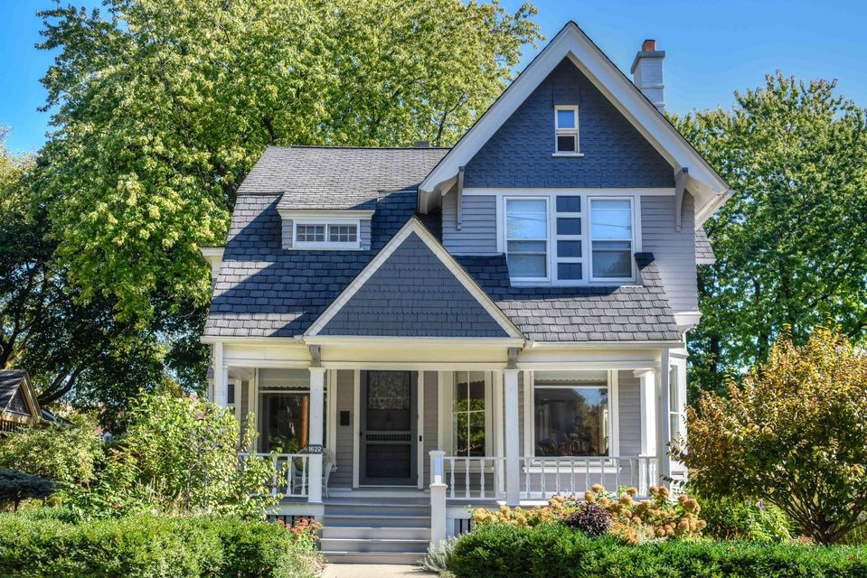 Single Family Home for Sale at 1622 Church Street 1622 Church Street Wauwatosa, Wisconsin 53213 United States
