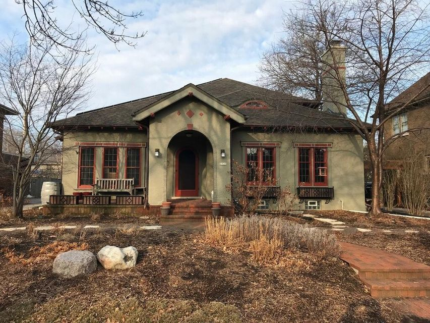 Single Family Home for Sale at 3535 N Hackett Avenue 3535 N Hackett Avenue Shorewood, Wisconsin 53211 United States