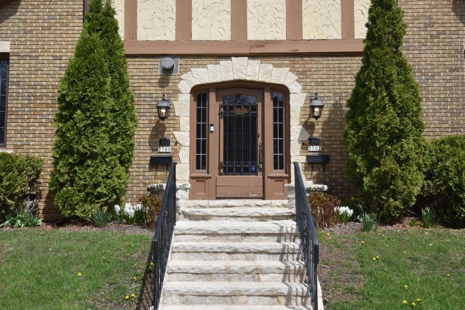 2500 E Wood Place 2500 E Wood Place Shorewood, Wisconsin 53211 United States