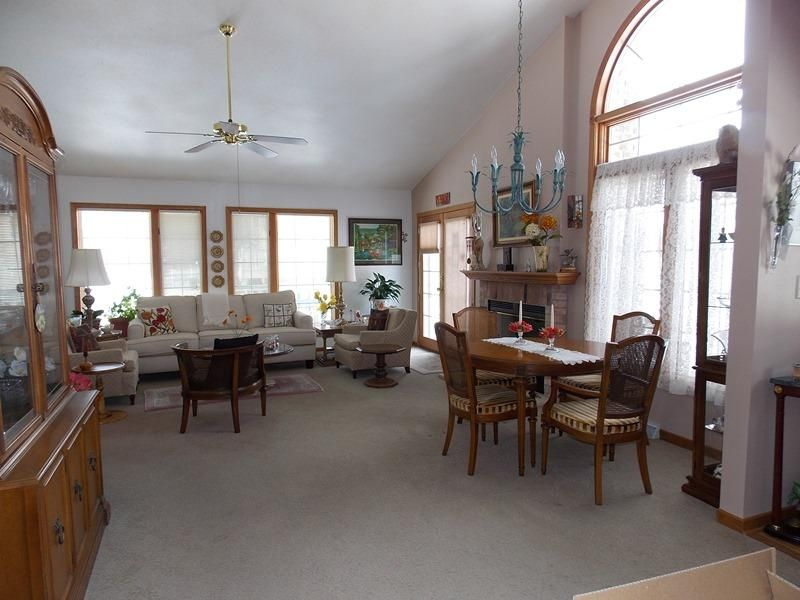 Real Estate Property Listing ID: 1576375