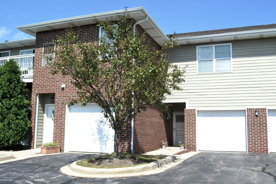Real Estate Property Listing ID: 1595545