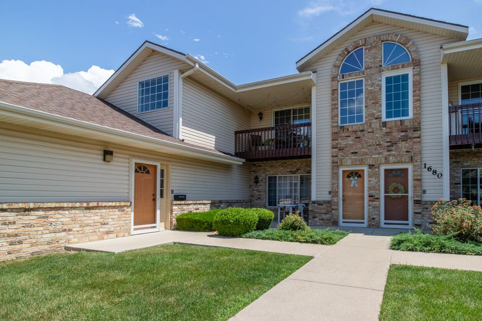 Real Estate Property Listing ID: 1595850